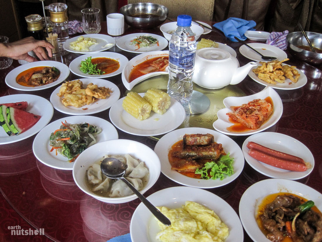 pyongyang-restaurant-golf-day-food