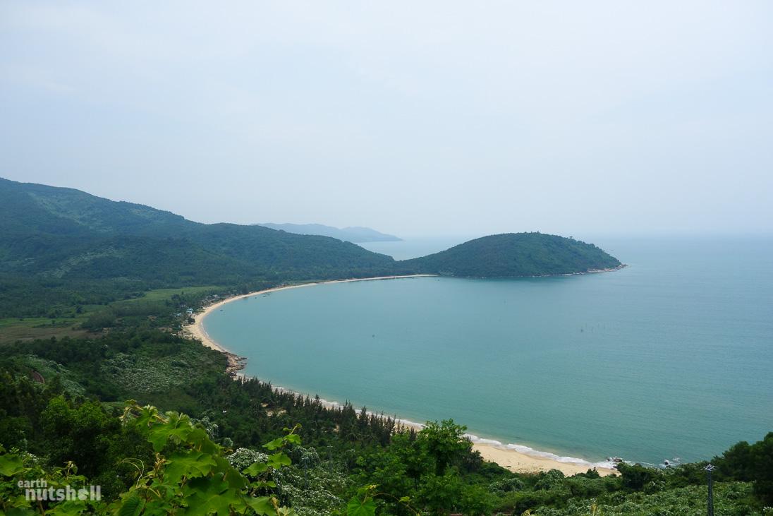 vietnam-haivanpass-beach