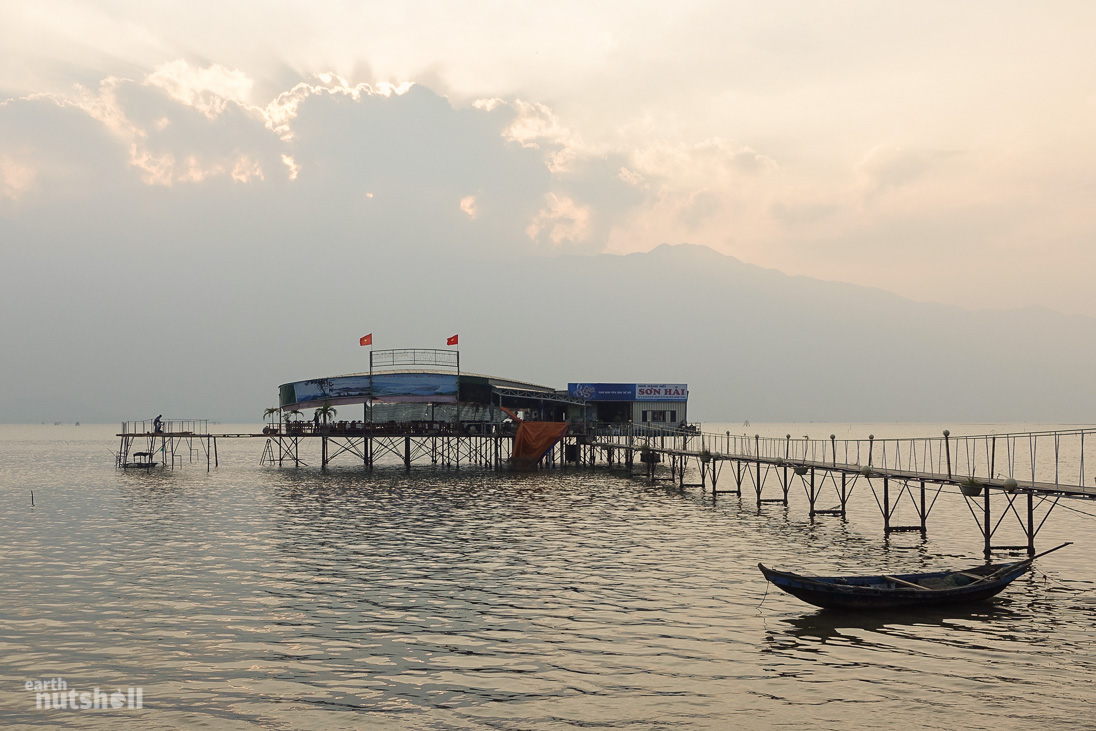 vietnam-langco-lagoon-restaurant