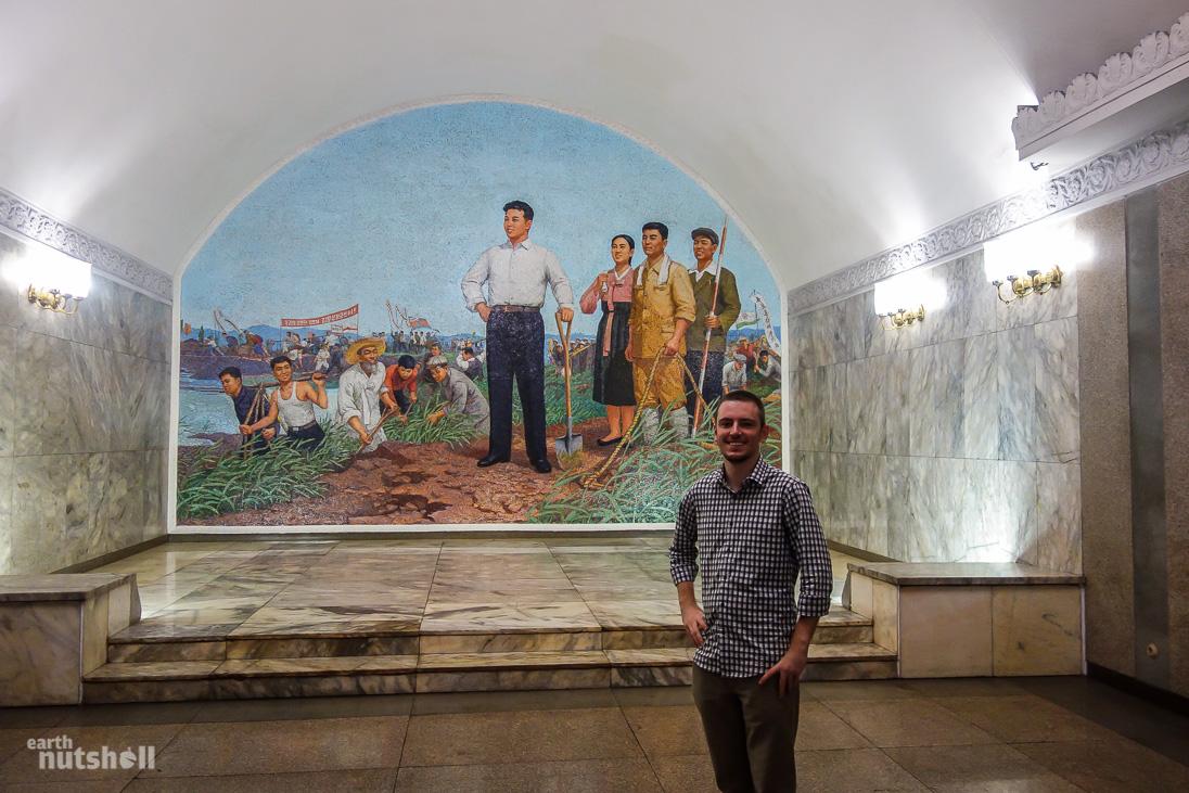 25-pyongyang-metro-kimilsung-mosaic-konguk
