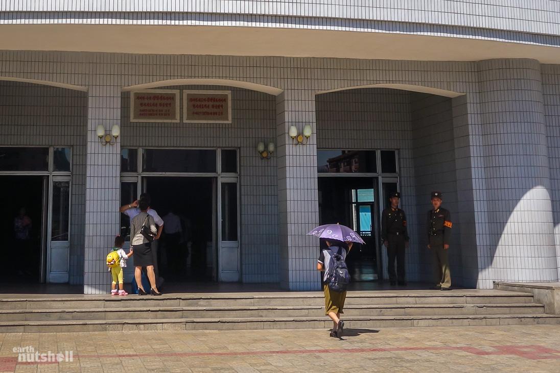 32-pyongyang-metro-entrance-hwanggumbol