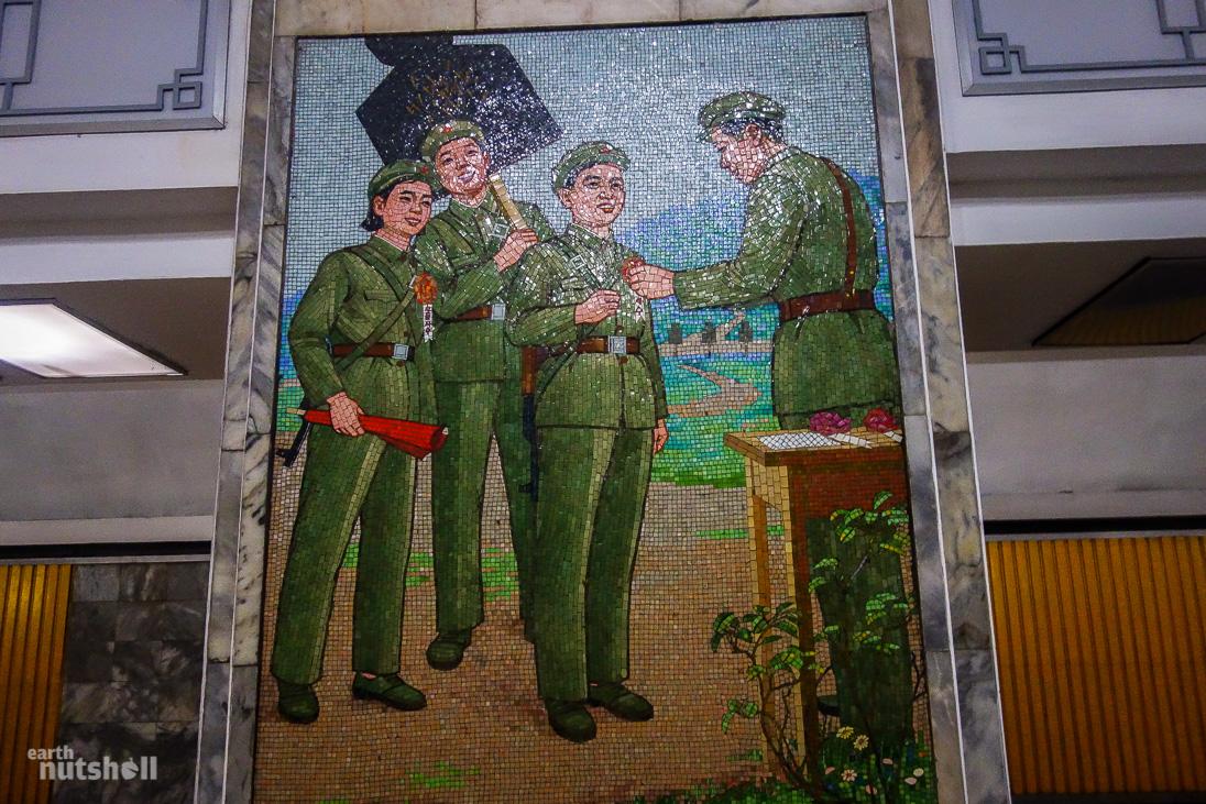 56-pyongyang-metro-mosaic-military-samhung