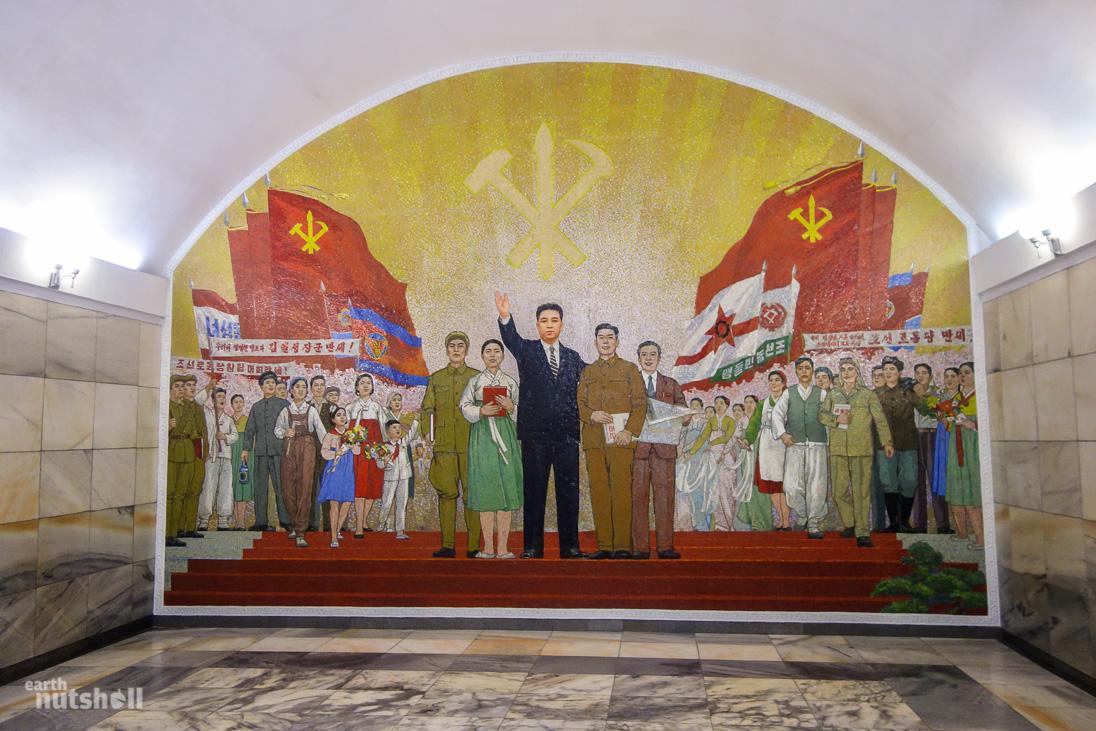 8-pyongyang-metro-ponghwa-mural