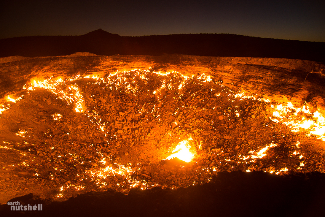 door-to-hell-darvaza-turkmenistan-night-1 & The Door To Hell - Turkmenistanu0027s Crater of Fire - Earth Nutshell